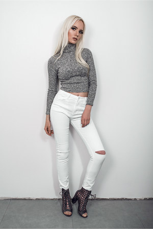 white lookbookstore jeans - heather gray ego heels