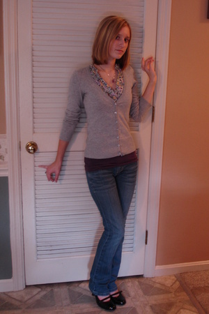 H&M sweater - H&M top - Aeropostale top - American Eagle jeans - Marshalls shoes