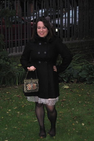 pink Selfridges dress - black H&M jacket - black Primark shoes - gold vintage pu
