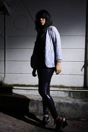 gray unknown brand blazer - black Zara top - black DIY leggings - black amante s