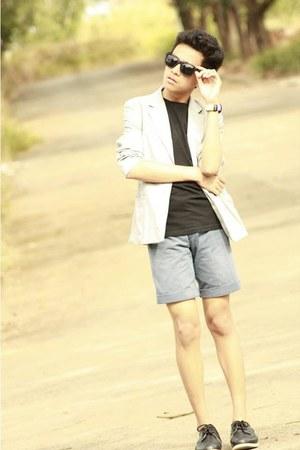 Esprit coat - ray-ban sunglasses