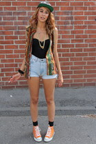 cap Diamonds hat - Levis shorts - Urban Outfitters intimate - Ebay blouse