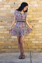 brown bardot belt - red vintage dress - camel Wittner heels