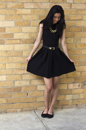 black Glassons dress - black Glassons belt - black tony bianco flats
