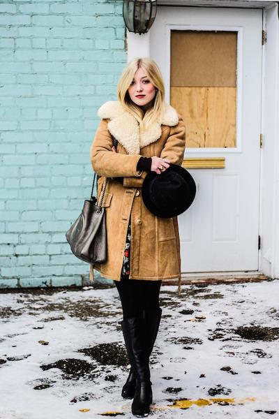 vintage coat - H&M hat - Gucci bag