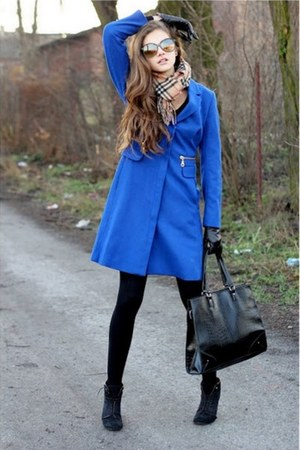 blue H&amp;M coat - black H&amp;M tights - tan Burberry scarf - black Mango bag