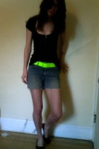blue cut offs DIY shorts - black energie top - chartreuse Forever 21 belt - blac