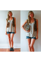 black Vintage from Oma Vintage vest - gray American Apparel top - blue vintage s