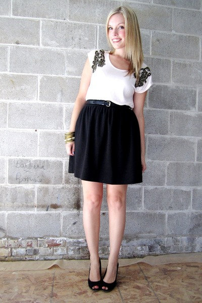 pink H&M top - black Joe Fresh skirt - black payless shoes