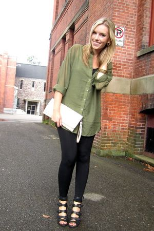 green H&M shirt - black Urban Planet leggings - beige Costa Blanca purse - black