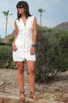 white zipper Milla dress - dark brown oversized Dolce and Gabbana sunglasses