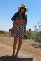 turquoise blue swim cover up MADE IN MEXICO dress - tan sun Urban Outfitters hat
