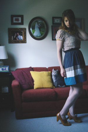 teal modcloth skirt - light pink cotton lace Esley shirt