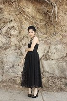 black black lace vintage dress - black black unknown brand shoes