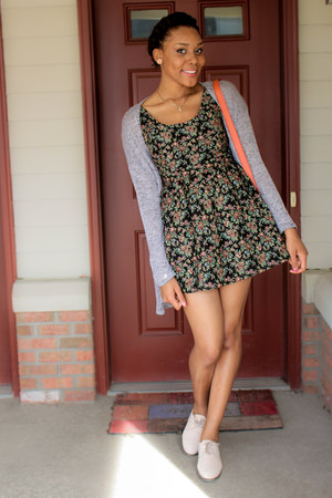 floral print Forever 21 dress - H&M cardigan - oxfords asos flats