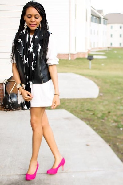 leather black Forever 21 vest
