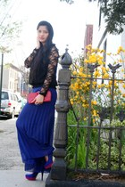 blue Payless pumps - red bag - black lace strawberry top - black flower blouse