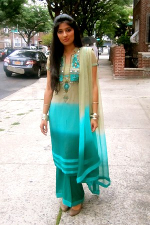 turquoise blue kameez dress - turquoise blue pants - dark khaki H&M heels