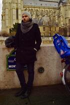 black H&M coat - Primark jeans - gray H&M scarf - Mango boots - H&M hat - black