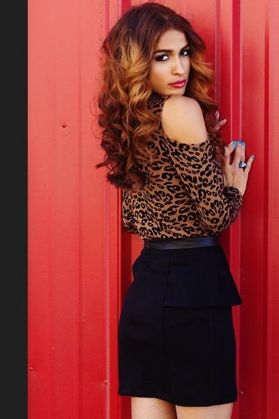 Forever 21 top - peplum skirt Forever 21 skirt - Ooh La Luxe ring