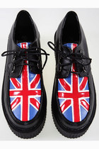 the Union Jack print shoes