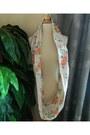 Opaque-lion-scarf