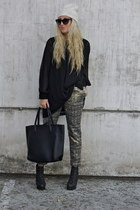 light brown metallic Forever21 pants - black H&M dress - black H&M bag