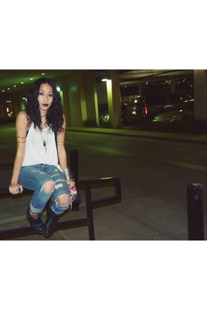 white tank LF top - black H&M boots - printed Urban Outfitters bag