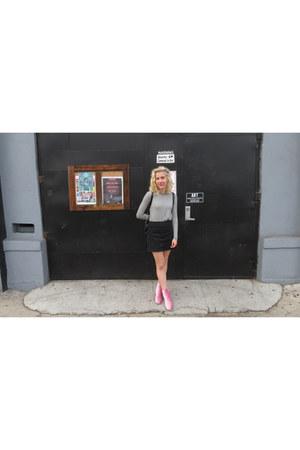 white striped Old Navy shirt - bubble gum velvet zaful boots