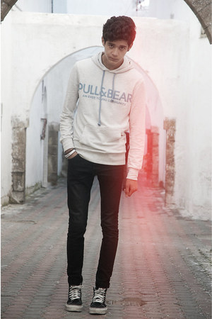 Vans shoes - H&M jeans - Pull&ampBear sweatshirt