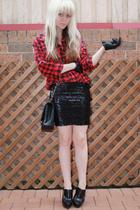 black zu shoes - red effekt shirt - black leather vintage gloves - black supre