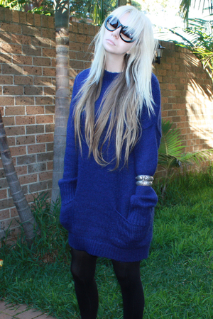 blue wool blend Sportsgirl sweater - silver cuff samantha willis accessories