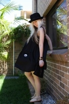 black vintage hat - beige Urge shoes - black silk sass&bide dress