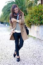 maroon Zara scarf - camel Comptoir des Cotonniers coat - black Uterque bag