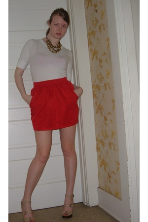 f21 t-shirt - American Apparel skirt - Steve Madden shoes