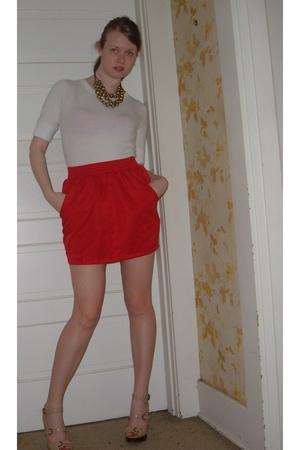 f21 t-shirt - American Apparel skirt - Steve Madden shoes