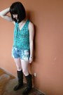 Steve-madden-boots-thrifted-shorts-forever-21-top