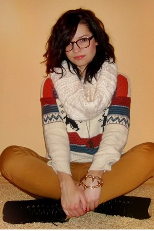 eggshell sweater - black boots - bronze Pepco pants - burnt orange glasses
