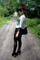 black CzasNaButy boots - black Terranova leggings - silver Sheinside t-shirt