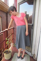 heather gray Trina Turk skirt - salmon Gap top - black Michael Kors flats