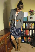 navy vintage dress - light brown Target boots