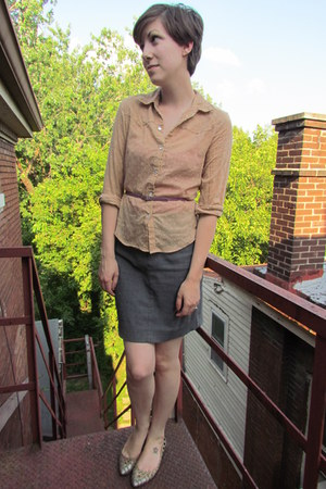 tan thrifted blouse - light purple thrifted belt - gray Ralph Lauren skirt