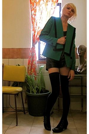 Sasson blazer - shorts - socks - musthaveshoescom boots