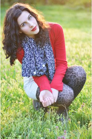 ruby red Aeropostale sweater - navy handmade scarf