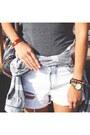 Charcoal-gray-forever-21-t-shirt-black-luluscom-boots
