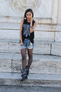 Brandy-melville-top-pink-and-pepper-boots-forever-21-shorts