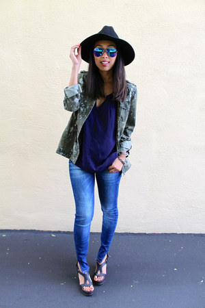 navy letote top - blue Zara jeans - black wool Jigsaw London hat