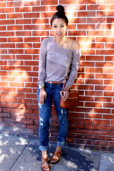 blue distressed Aeropostale jeans - light brown knit Addison NY sweater
