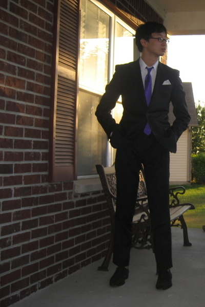 Band of Outsiders suit - Marc Jacobs shirt - flea market tie - Zara shoes