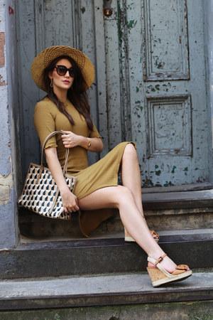 light brown H&M dress